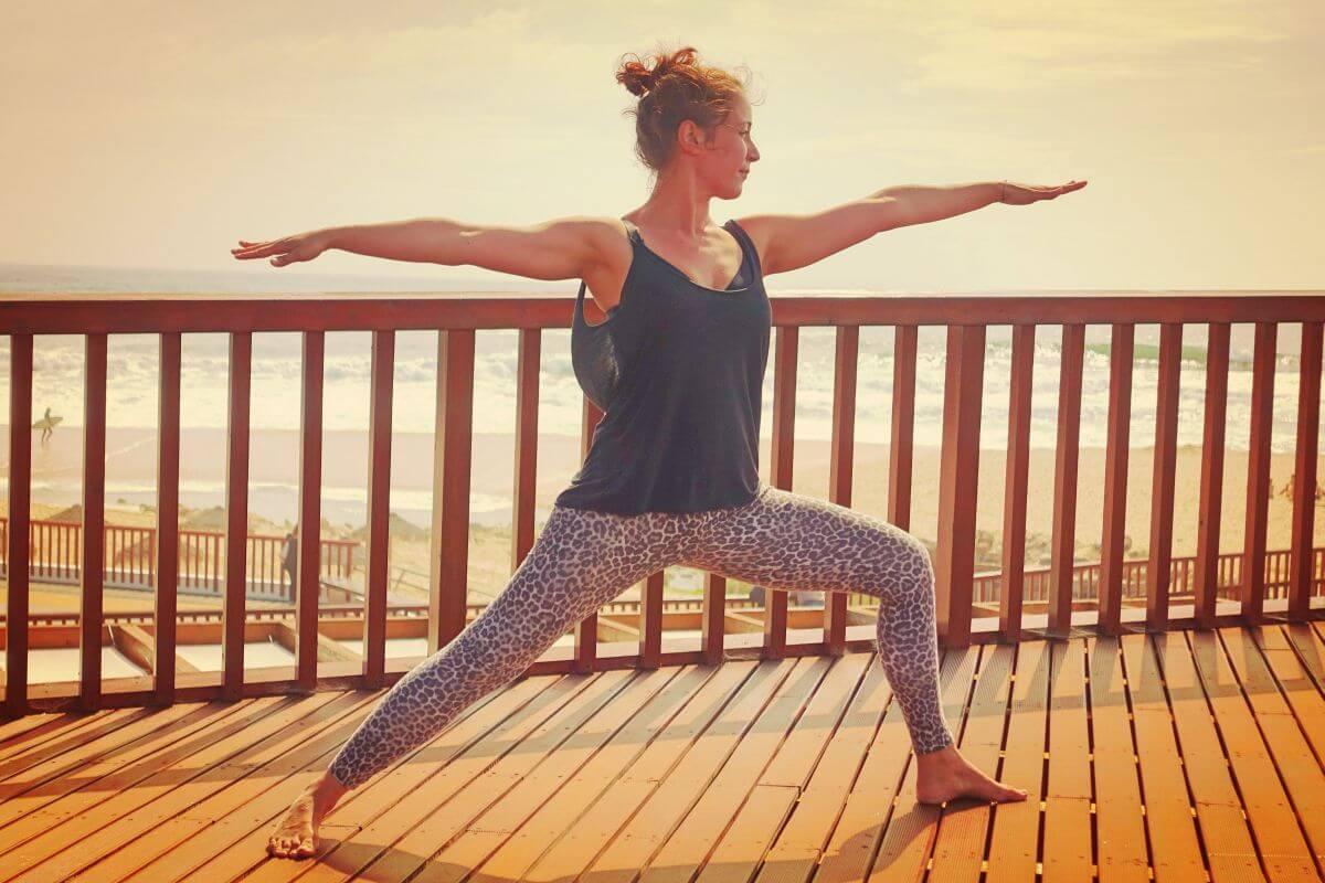 Yoga & Surfen Krieger 2