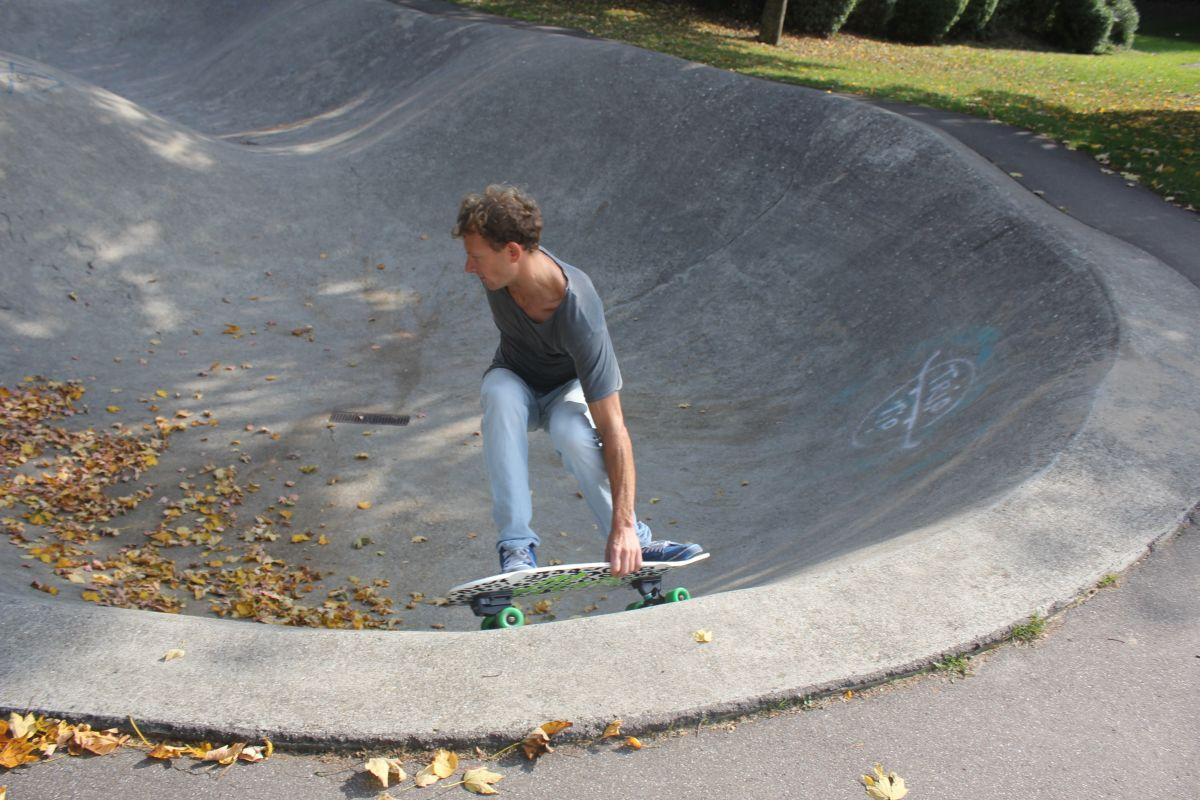 Surfskate Pool